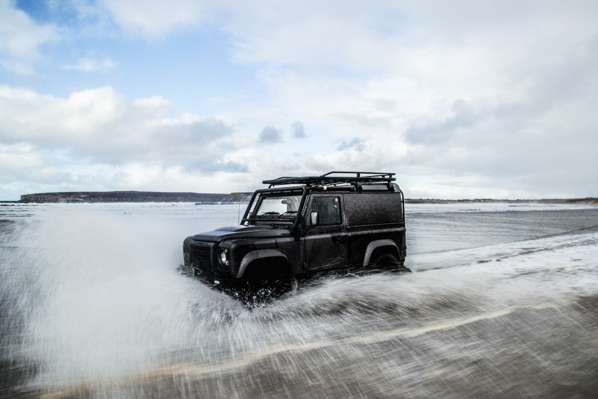 Twisted-Defender-Beach-Surfing.jpg