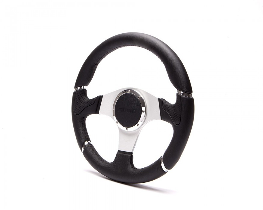 Momo steering wheel for Defender